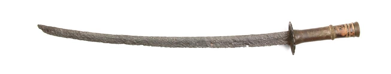 A 16th century Vietnamese saber. Peter Dekker - www.mandarinmansion.com