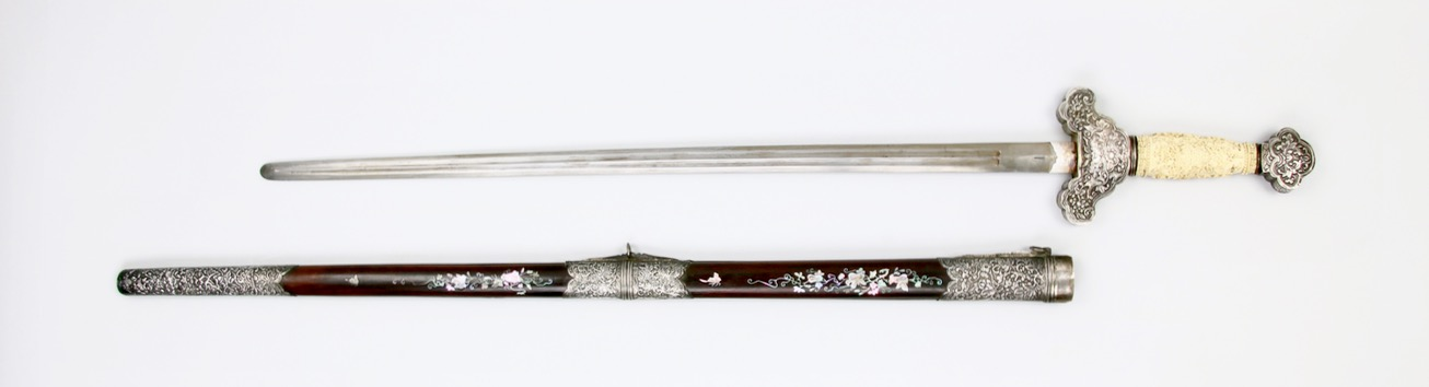 An antique Vietnamese sword with finely carved ivory handle. Peter Dekker www.mandarinmansion.com