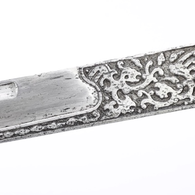 An antique Chinese yanchidao blade, a saber dating from the Ming dynasty.