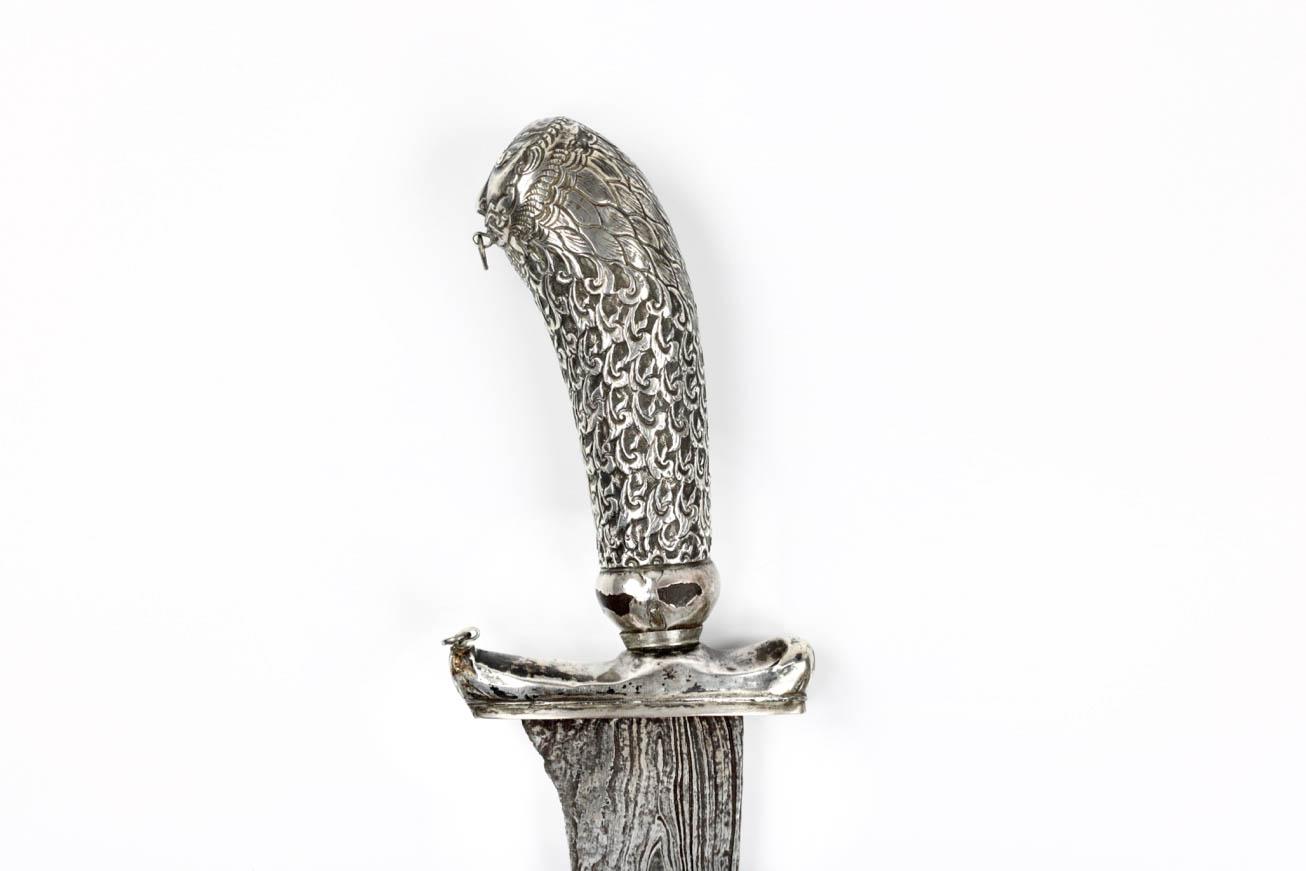 An Indonesian pedang lurus